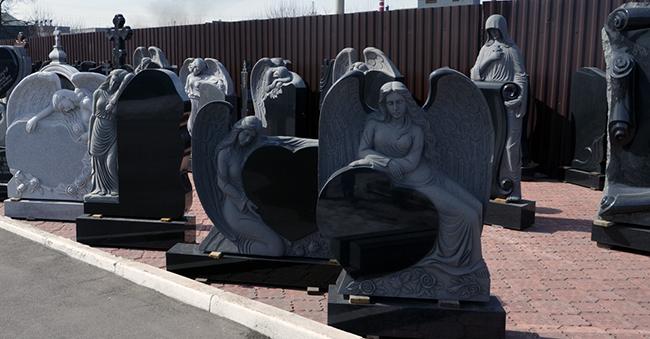 Интересные памятники на могилу Шар. Дымовский гранит Буинск, Чувашия