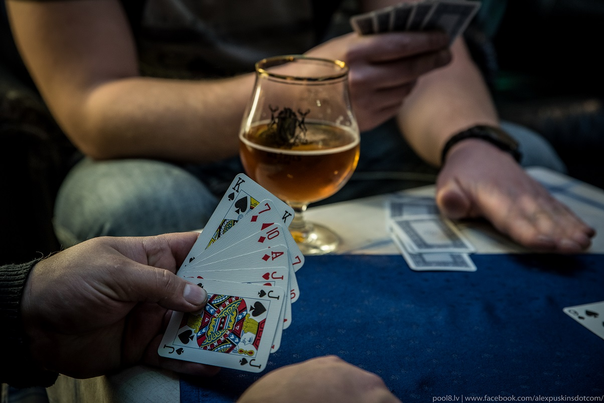 найдите не требовательные азартные игры онлайн на starquake ru