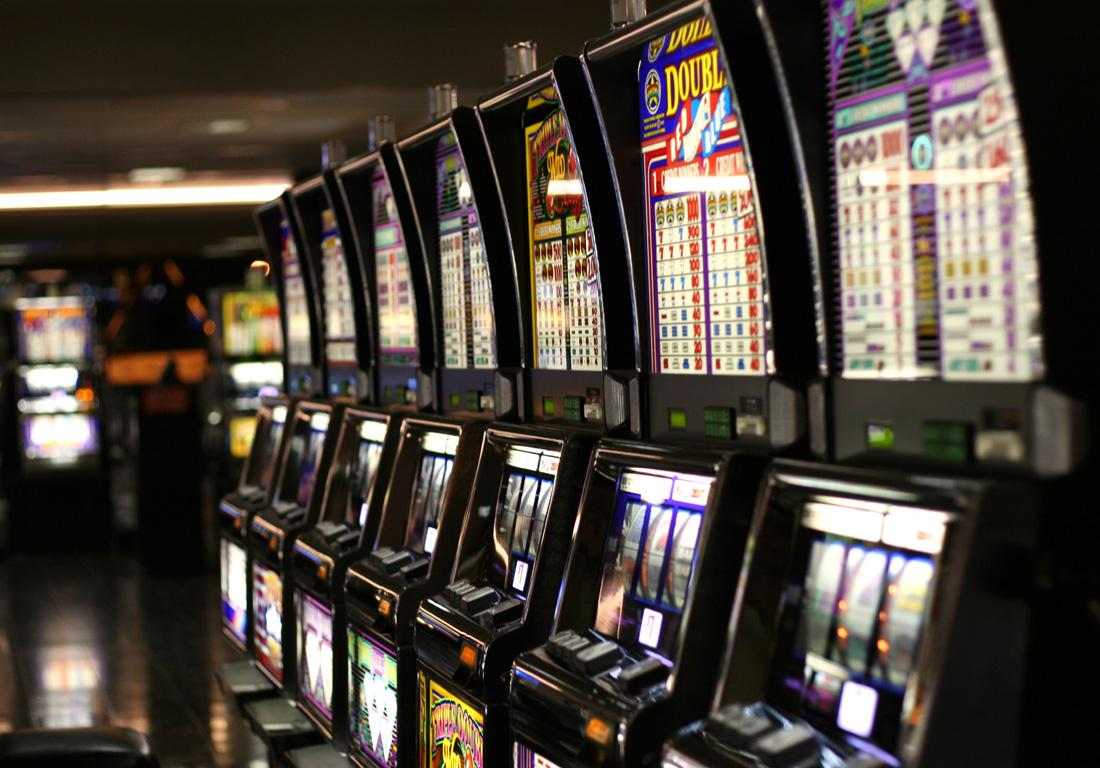 Игровые автоматы 777 слот: играть онлайн бесплатно и