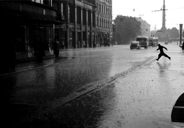 Ливневые дожди с грозами в Латвии сменятся солнечной погодой.