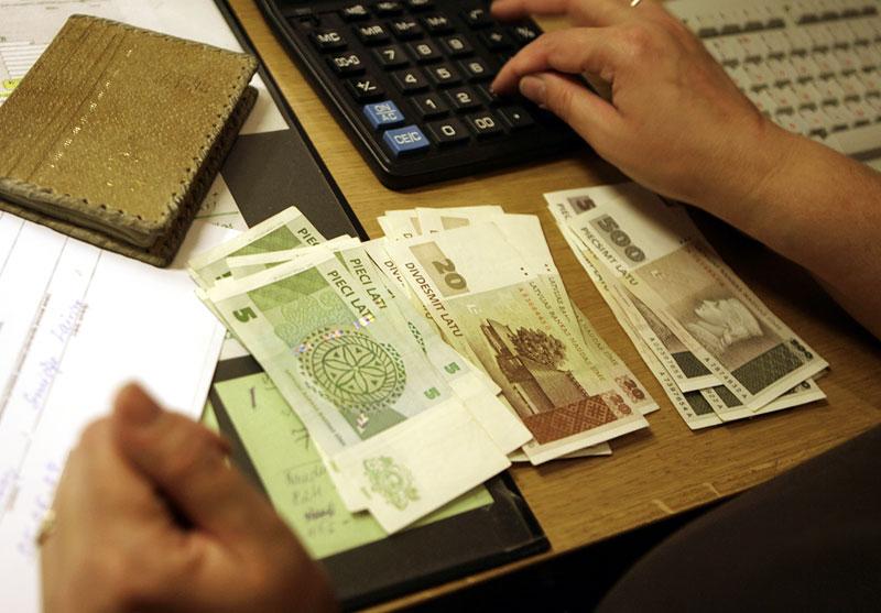 Средняя зарплата в Латвии в 2013 году