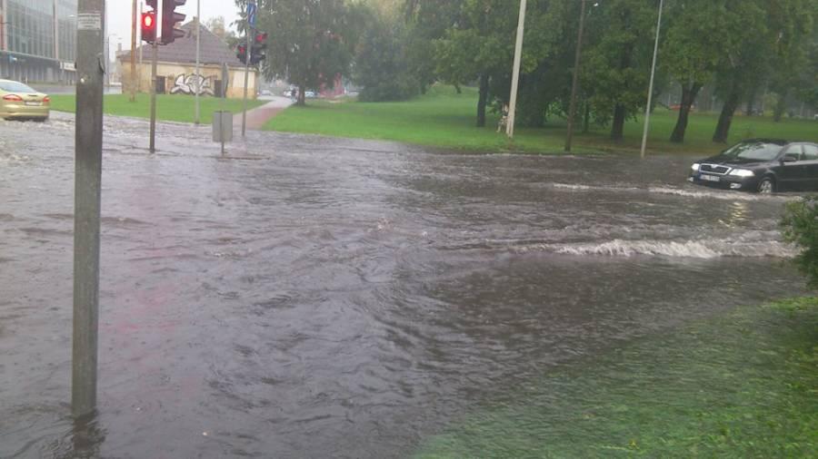 В Риге настоящий потоп, затоплены центральные улицы города