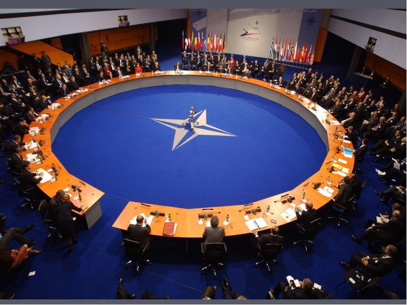 Обнародованы условия для создания баз НАТО в Латвии