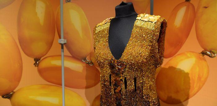 В Музее медицины прошла выставка о янтаре