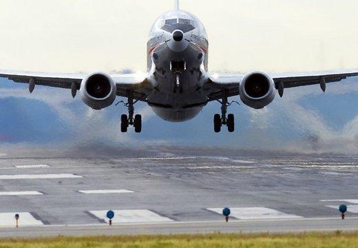 Российские авиакомпании могут принять на работу латвийских пилотов