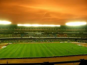 «Футбольный стадион достроится не скоро»