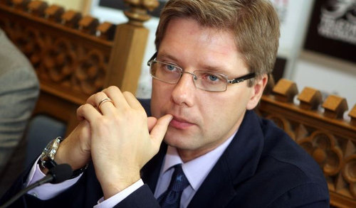 Нил Ушаков призывает каждого латвийца проголосовать на выборах Европарламента