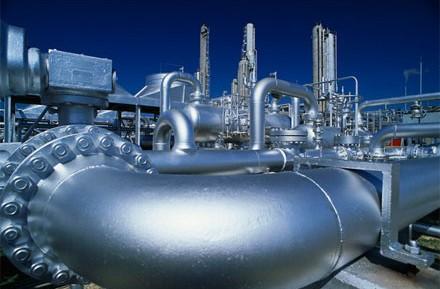 Латвия начала закачивать природный газ из России