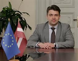 Омбудсмен заявил, что в Латвии не будут закрываться русские школы