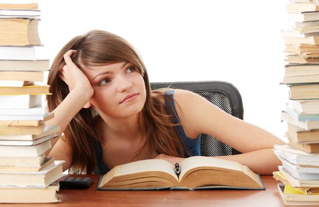 Министр образования и науки не планирует вводить централизованные экзамены по физике и химии