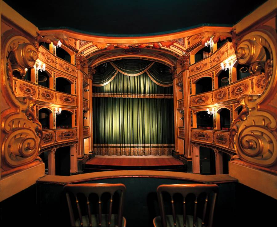 Театральная жизнь в Латвии