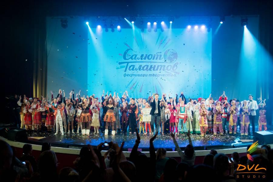 Талант Агаты Гришкевич из Риги на Суперфинале «Салют Талантов» оценили Егор Дружинин и Андрей Ургант!
