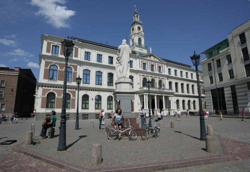 В Рижской думе представили стратегию и программу развития столицы