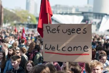 Фото к новости Латвия не может накормить беженцев
