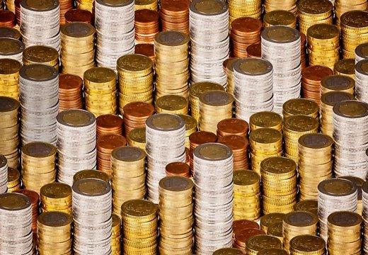 Латвия планирует взять в долг еще миллиард евро