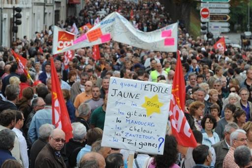 Антиглобалисты развели костры в центре Брюсселя