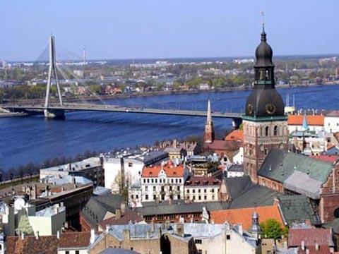 Кредитный рейтинг Латвии за 2013 год повысился
