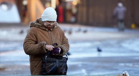 В Латвии пенсии будут увеличены на 8 евро