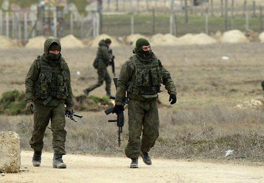 Десант из 40 пехотинцев высадился с вертолета возле поселка Стрелковое