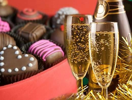В Риге воруют конфеты и шампанское