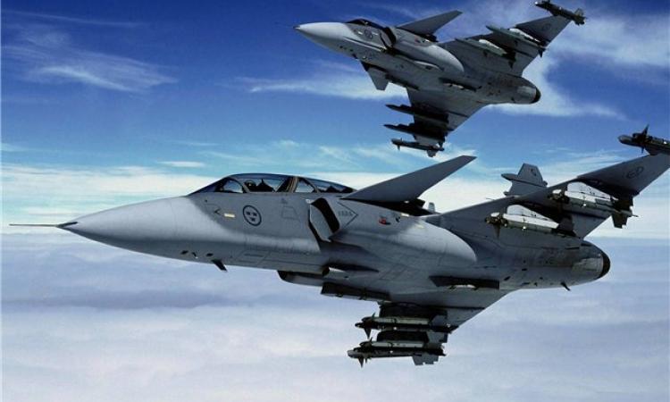 В Латвии нет необходимости вводить военное положение